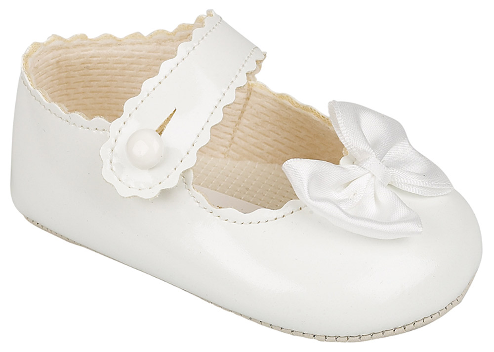 Baby Girl Crib Shoes White Or Cream