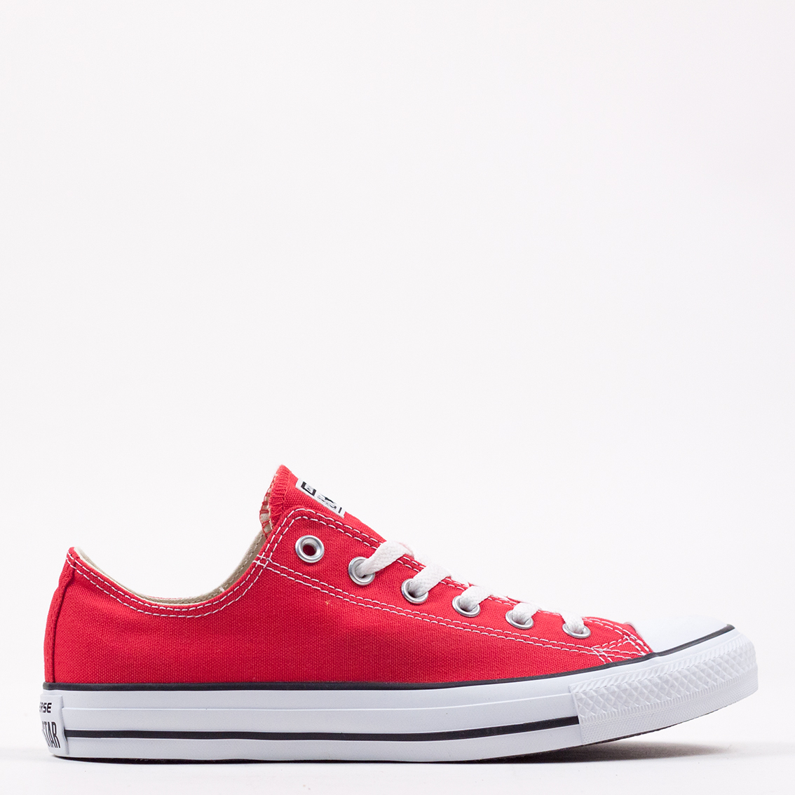 Converse-All-Star-Chuck-Taylor-OX-Red-M9696
