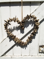 Shoeless Joe Driftwood Heart